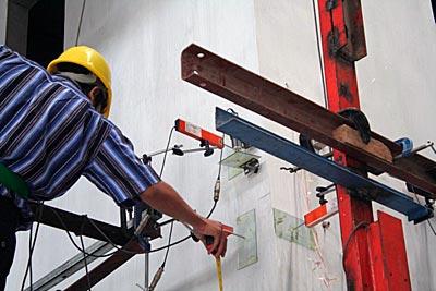 Uji gempa sistem bangunan b-panel di PUSKIM untuk bangunan gedung b-panel yang anti, tahan gempa dan ramah lingkungan