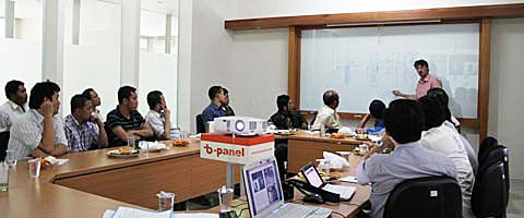 Partner-Installer General Meeting 2010 Training at b-panel Office